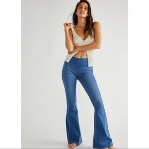 Free People Penny Pull-On Flare Jean